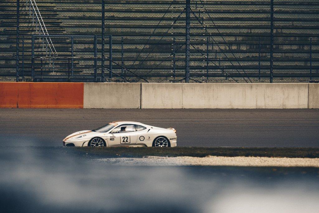 Challenge-Ferrari-347-1.jpg
